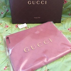 Authentic Gucci Ipad2 silicon GG cover pink